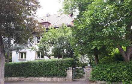 HN-Ost: Erstbezug nach Sanierung 4 Zimmer in Villa mit großem Garten...für Gartenliebhaber