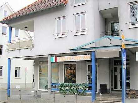 Idyllisches Eis Cafe im Herzen von Zwingenberg
