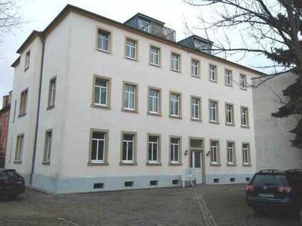 +++ Zentral gelegene Pärchenwohnung in DD-Striesen +++
