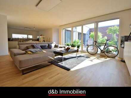 Ebenerdig mit Atrium und Einbauküche. Hochwertig & nahezu Erstbezug. In Widdersdorf
