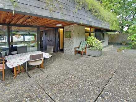 Attraktives Architektenhaus mit drei Einliegerwohnungen
