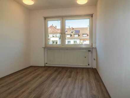 TEAM 4you: Chance für eine neue 7er WG! Bewohner gesucht für Wohnung mit 4x Balkon in toller Lage