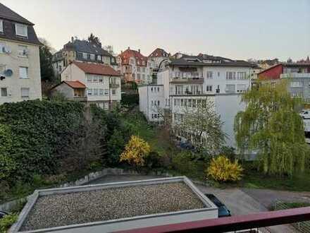 """Helles Zimmer mit eigenem Balkon in """"neuer"""" 92m2 Wohnung zu vermieten!"""