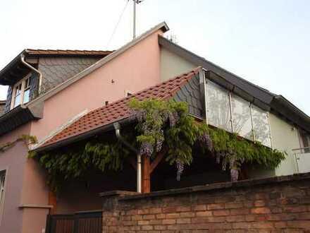 Ausgezeichnete 85qm Hauswohnung mit balkon im zentrum von Eppelheim