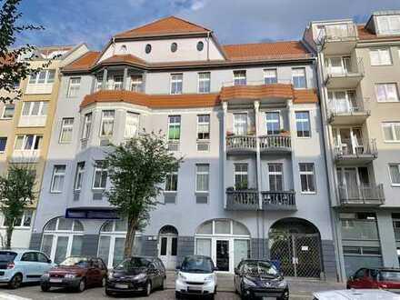 2-Zimmer-Eigentumswohnung mit Balkon in Lichtenberg, nahe U-Magdalenenstraße