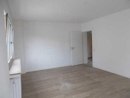 Schöne, vollständig renovierte 3-Zimmer-Wohnung in Bochum-Weitmar (Mark)
