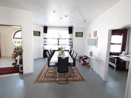 Großzügige Wohnung im Casa Atrium!