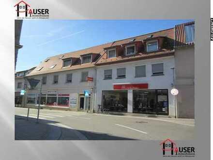 Walldorf: Wohn- und Geschäftshaus mitten im Stadtzenztrum. 3 Wohneinheiten und 2 Gewerbeeinheiten.