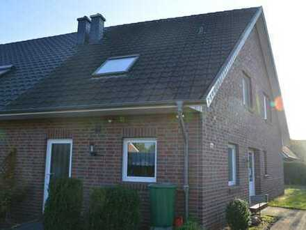 Doppelhaushälfte in ruhiger Lage direkt in Ganderkesee!