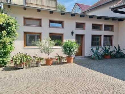 2-Zimmer Haus im Haus in Eschborn!