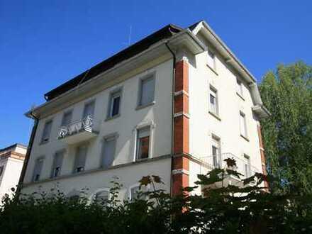 Schönes Mehrfamilienhaus mit 24 Zimmern in Baden-Baden, Lichtental