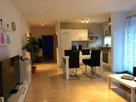 Gepflegte 3-Zimmer-Wohnung mit BALKON, EBK, Hobbyraum und Autostellplatz in Heilbronn-Süd