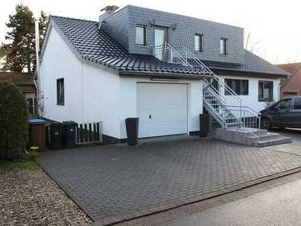 Zweifamilienhaus in Rheinberg-Budberg in einer Sackgasse!