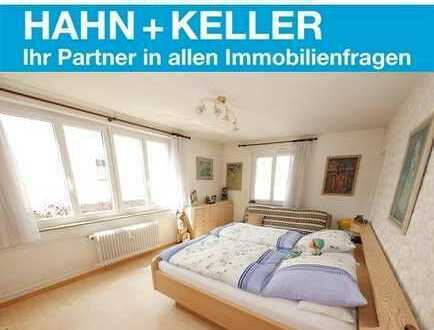 TOP Preis-Leistungsverhältnis! Attraktive 5-Zi.-Whg. in S-Bahnnähe mit Balkon!
