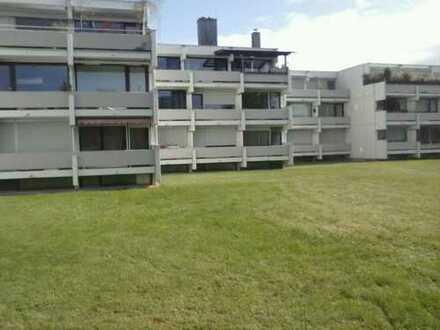 Geräumige 2-Zimmer-Dachterassenwohnung in Feldmoching, München