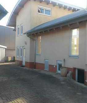Büro oder Praxis Räume zu Vermieten !! 118 qm oder 88 qm