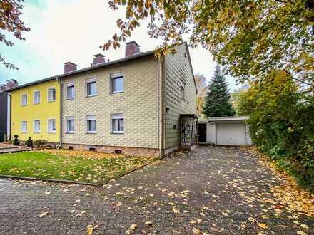 2 Familienhaus - Gartengrundstück - Große Garage