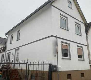 Schönes 1-Familien-Haus mit fünf Zimmern in Groß-Karben, Wetteraukreis