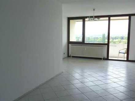 Mayence-Immobilien: Schöne 3,5 Zimmerwohnung mit 2 Balkonen in Mainz! PKW-Tiefgaragenstellplatz!