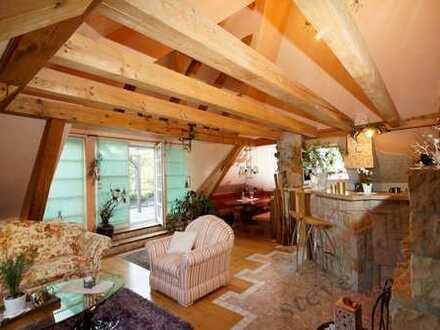 """5 - Zimmer - """"Penthouse""""  mit Sauna und 3 Terrassen im Anwesen der Bauhaus-Epoche"""