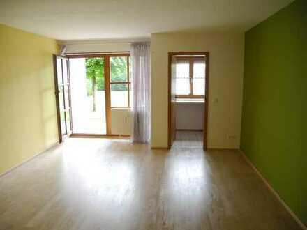 Lichtdurchflutete, sanierte 1-Zimmer-Wohnung am Kurpark *neue Einbauküche* *Tiefgarage* *Terrasse*