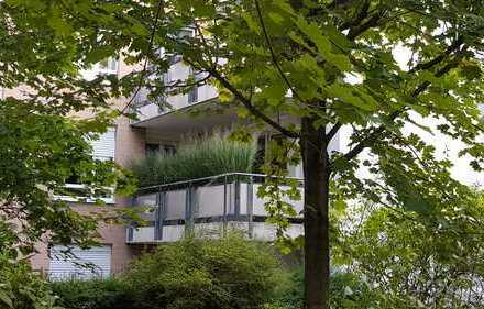 Schöne, geräumige, helle drei Zimmer Wohnung in Meerbusch-Büderich