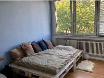 Helles, ruhiges Zimmer im Kölner Agnesviertel