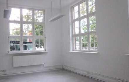 Büroeinheit im Erdgeschoss mit 56 m² zu vermieten