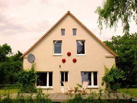 Einfamilienhaus ruhig gelegen auf großem Grundstück
