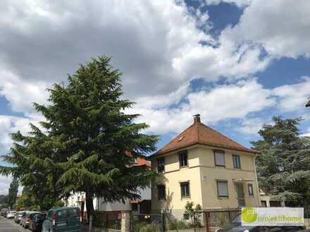 Grundstück mit EFH u. zusätzl. Baureserve in Nürnberg Höfen - Wohnen & Gewerbe möglich - Mischgebiet