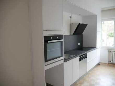 Schöne, geräumige zwei Zimmer Wohnung in Köln, Lindenthal