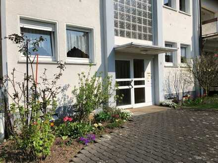 Sanierte 3-Raum-Wohnung mit Balkon und Einbauküche in Kierspe