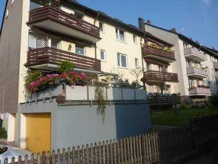 Schöne Dachgeschosswohnung in ruhiger Wohnlage!!