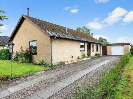 Einfamilienhaus mit ansprechendem Grundriss…..