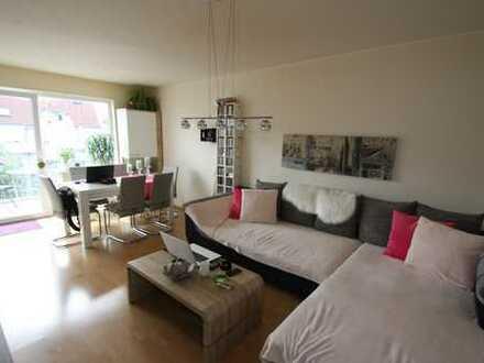 myHome-Immobilien / Moderne, lichtverwöhnte 2 Zi-Wohnung + Balkon + Stellplatz in TOP Lage / Bieber