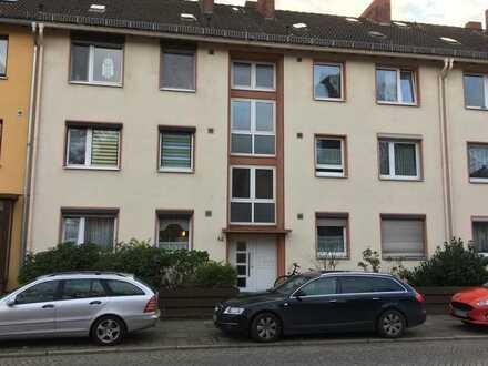 Helle 2- Zimmer-Eigentumswohnung mit Balkon in Bremen-Walle, perfekt geeignet für Paare oder Singles
