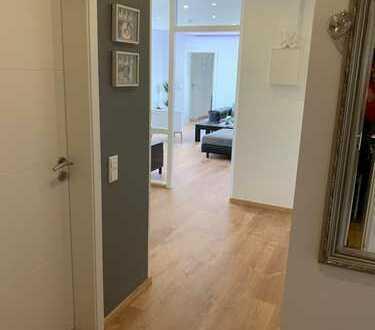 Neuwertige 4-Zimmer-Wohnung mit Balkon und EBK in Bielefeld-Brackwede (Privatverkauf)