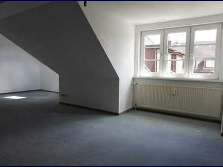 Gepflegte 2-Zi.-Dachgeschosswohnung in Barmbek!