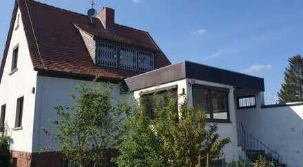 Einfamilienhaus mit Ausbaupotential und zusätzlichem Bauplatz in Aschaffenburg Nilkheim