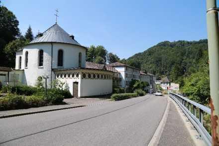 Bebaudes Grundstück mit 31.500 m² Fläche -Preis VB
