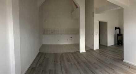 4 Raum Dachgeschosswohnung mit Kamin