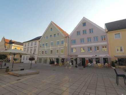 Wohnen in der Altstadt von Schongau - 3-Zimmer-Etagenwohnung mit Balkon und Aufzug
