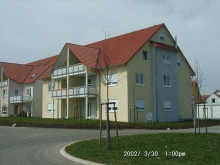 Gepflegte 4,5-Zimmer-Maisonette-Wohnung mit Balkon und EBK in Neuler