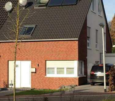 Doppelhaushälfte im Neubaugebiet Sundernstiege