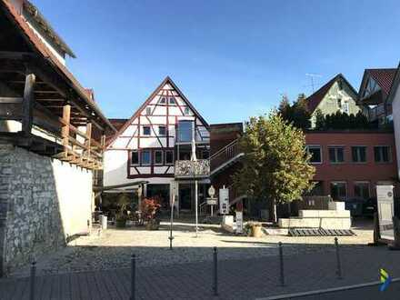 außergewöhnliches Ambiente in historischem Gebäude in bester Lage von Münsingen
