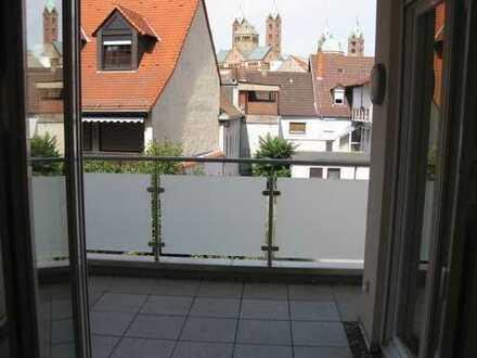 Schöne, geräumige 3,5 Zimmer Wohnung in Speyer - Balkon, TG, Domblick, Top Innenstadtlage