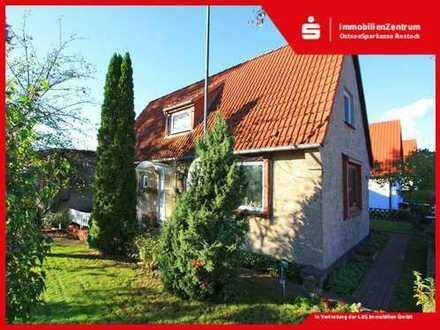 Großzügiges Anwesen in Dierkow - Eigennutzung und Kapitalanlage