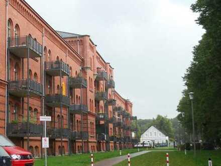 Modern mit besonderen Flair! Altes Gebäude frisch saniert.