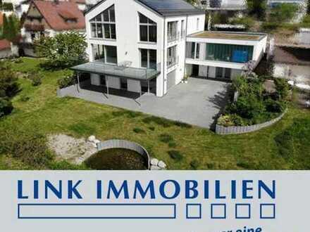 Vom Feinsten! Luxusvilla mit 180° Panoramasicht in Traumlage, am Landschaftsschutzgebiet***