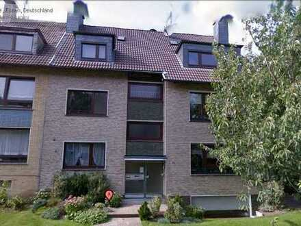 gepflegte 2,5-Raum-Souterrain-Wohnung direkt am Schlosspark Borbeck